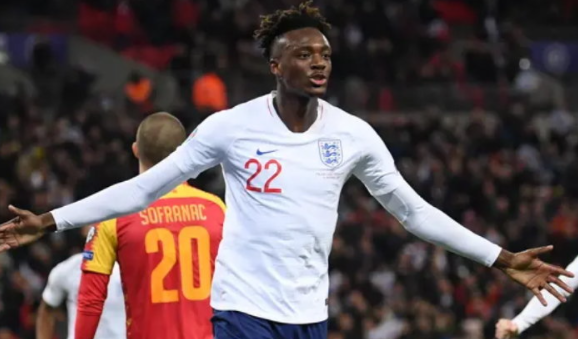 England recall Abraham back in World Cup qualifiers